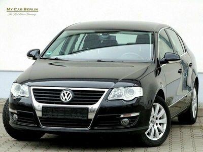 gebraucht VW Passat 2,0 Comfortline Klima*Navi*PDC*Tempomat* als Limousine in Berlin