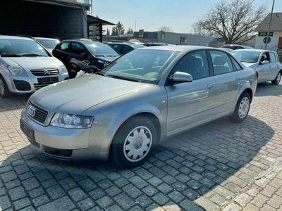 gebraucht Audi A4 2.0 Automatik Klimatr Alu 2xFuZv PDC als Limousine in Randersacker