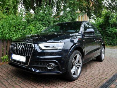 gebraucht Audi Q3 2.0 TDI quattro S tronic, PANO, Leder, 49TKM