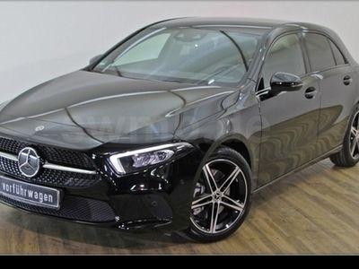 używany Mercedes A250 Progressive/NightP/LED/MBUX/RfCam/18Z LMR