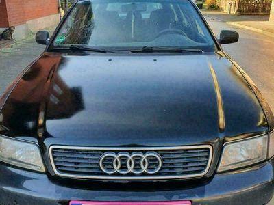 gebraucht Audi A4 VerkaufeAvant *viele Neuteile *we... als Kombi in Parsau
