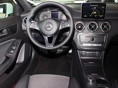 gebraucht Mercedes A180 Style Navi Rückfahrkamera Parkassistent