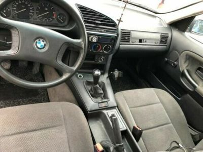 second-hand BMW 318 i