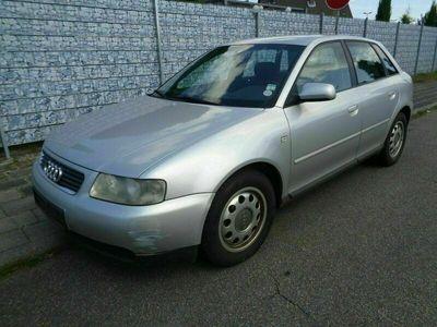 gebraucht Audi A3 TDi 1.9 Tüv 01-2023 Opischer -Mängel