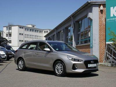 gebraucht Hyundai i30 SW 1.0 T-GDI Trikolor **13.900 km**