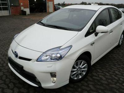 used Toyota Prius Plug-in Hybrid Xenon Navi HuD Kamera JBL!