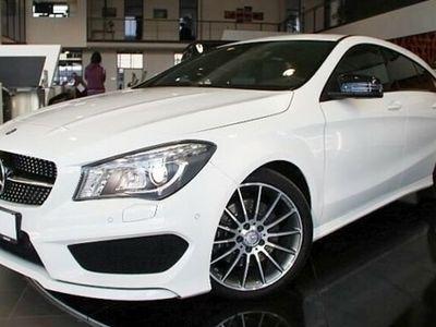 gebraucht Mercedes CLA220 Shooting Brake d 4M. AMG-Line DCT COMAND
