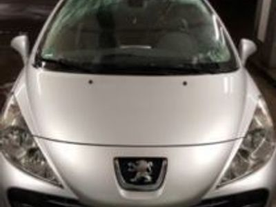 gebraucht Peugeot 207 CC FAP 110