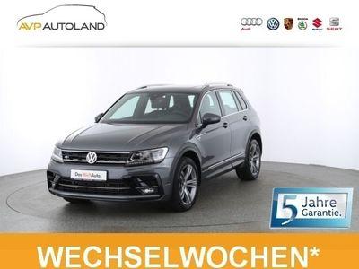 gebraucht VW Tiguan Highline 2.0 TDI BMT DSG 4MOTION R-Line schwarz