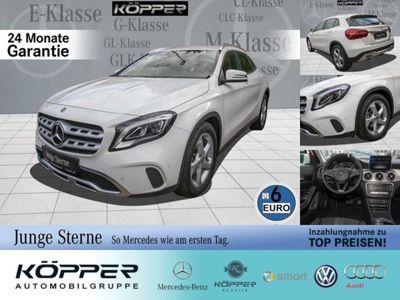 gebraucht Mercedes GLA200 Sport Utility Vehicle Urban White Editio