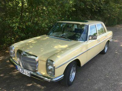 gebraucht Mercedes W114 280 mit Vollausstattung