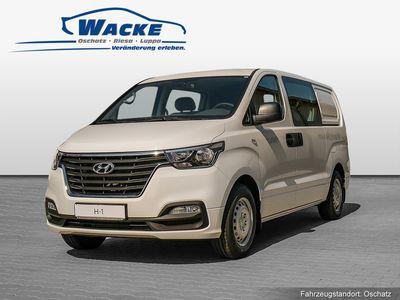 gebraucht Hyundai H-1 Cargo FL 2.5 CRDi Profi. Navi Komfort. Transporter