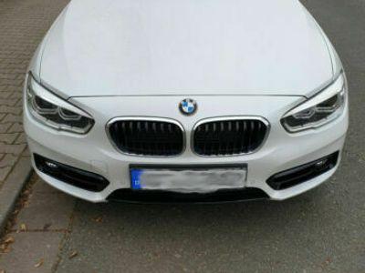 gebraucht BMW 120 d Sport Line M-Fahrwerk Navi Professional LED