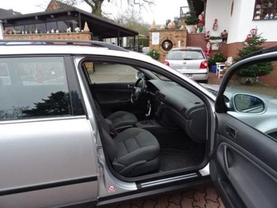 gebraucht VW Passat Variant 2.0 5V Comfortline Family