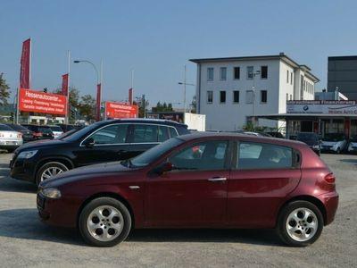 gebraucht Alfa Romeo 147 1.9 JTD 8V M-Jet Progression*Klima*EU4*Top