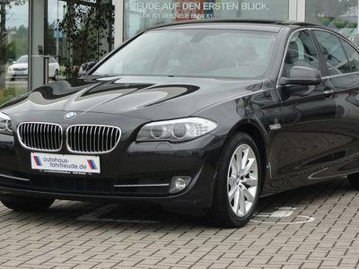 käytetty BMW 520 d xDrive*Aut.*Navi*HiFi*AHK*Schiebedach*Xenon