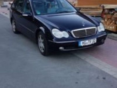 używany Mercedes 260 Benziner Fast Vollaustattung