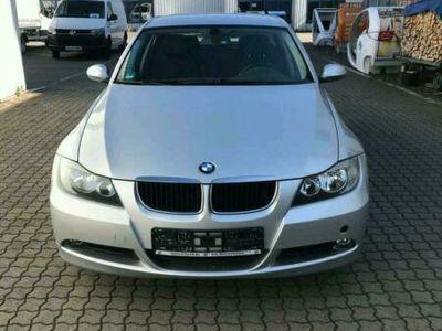 gebraucht BMW 318 i Typ 390L