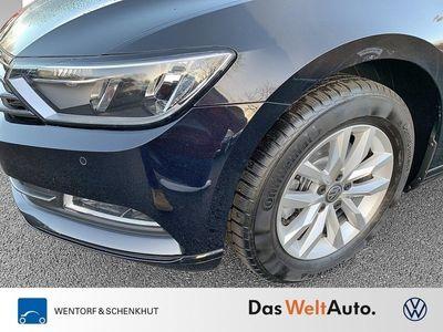 gebraucht VW Passat Variant Comfortline 2.0 TDI AHK Navi ACC