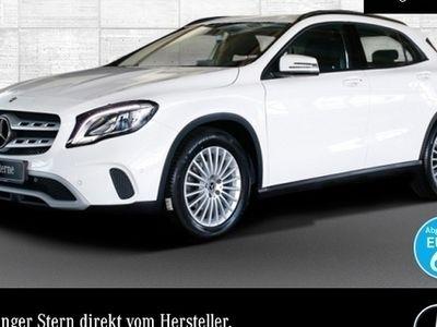 gebraucht Mercedes GLA200 d LED Keyl-GO Navi PTS Sitzh Temp Remote