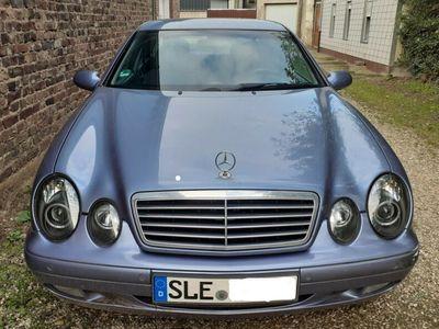 gebraucht Mercedes CLK200 - HU 11/2019