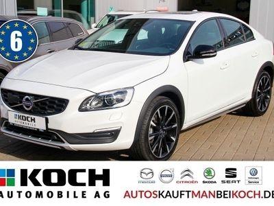 gebraucht Volvo S60 CC Cross CountryS60 D4 Summum Aut FahrerAss GSHD Xenon on Cal