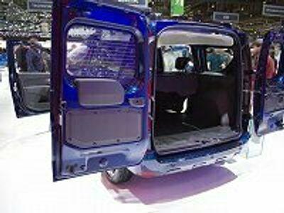 gebraucht Dacia Dokker Comfort Blue dCi 95 Comfort 70 kW (95 PS), Scha...