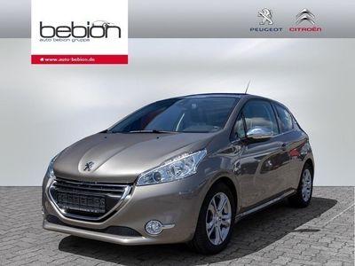 gebraucht Peugeot 208 PureTech 110 S&S Allure M5