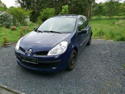 gebraucht Renault Clio III 1.2 16V Eco bauj. 2009 Tüv Neu