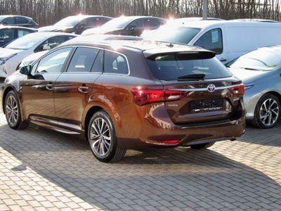 gebraucht Toyota Avensis 1,8 VVT-i Business Edition Safety-Sense,
