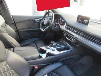 gebraucht Audi SQ7 4.0 TDI quattro AHK Standhz. Abstandstemp.