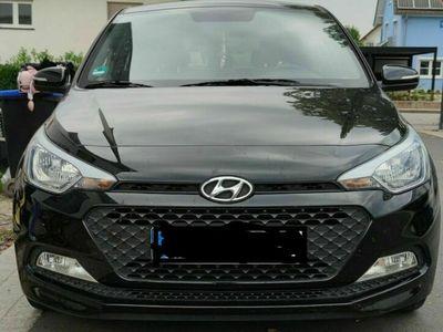 gebraucht Hyundai i20 1.2 YES!