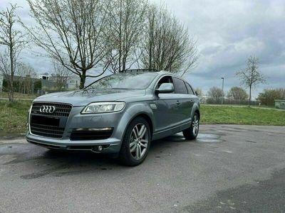 gebraucht Audi Q7 3.0 TDI 7Sitzer Tüv neu *Panorama*... als SUV/Geländewagen/Pickup in Mitte