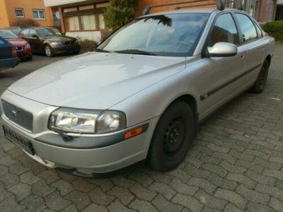 gebraucht Volvo S80 Lim. 2.4/LEDER/KLIMAAU./SHEI/MFL/TÜV