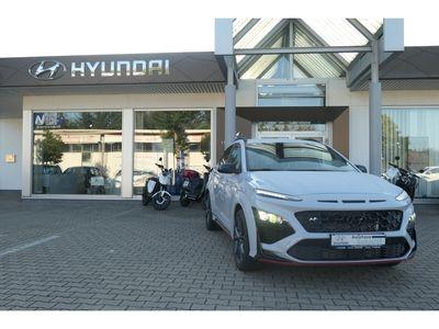 gebraucht Hyundai Kona N Performance 2.0 T-GDI LED Navi Keyless Rückfahrkam. Fernlichtass.