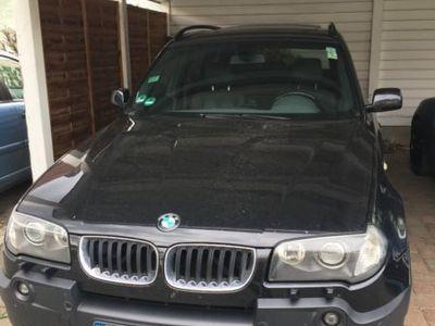 gebraucht BMW X3 3.0i Aut. mit sehr guter Ausstattung