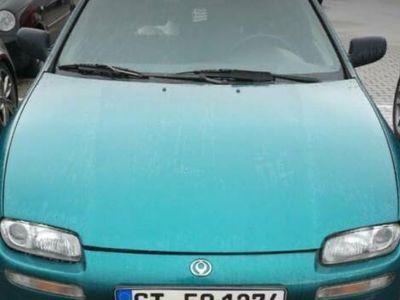 usata Mazda 323 mit 2 Jahren TÜV 1,5