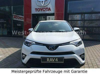 käytetty Toyota RAV4 2.5 4x2 Hybrid Team Deutschland