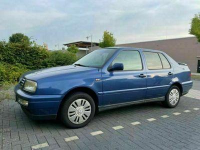 gebraucht VW Vento 1.6 CL