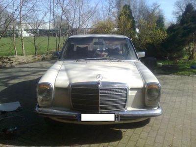 gebraucht Mercedes 200/8 w115240D3.0
