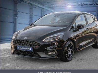 gebraucht Ford Fiesta 1.5 EcoBoost S&S mit Styling-Paket ST