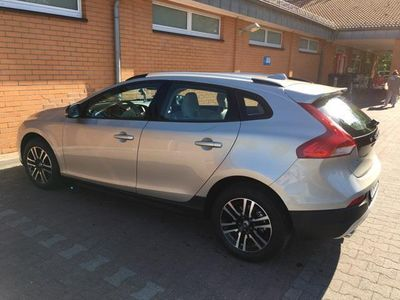 gebraucht Volvo V40 CC Cross Country T3 Geartronic Momentum