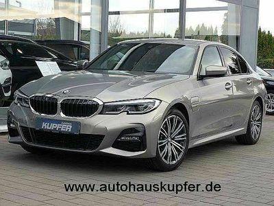 gebraucht BMW 330 Neu e i Perf. M Sportpaket gr. Navi+HUP°Laser 1Hd