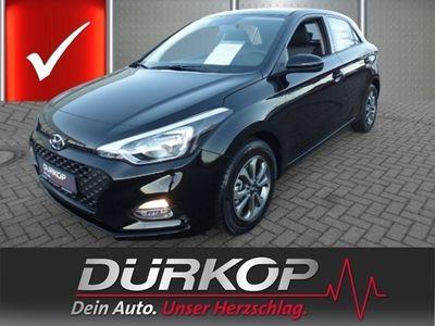 gebraucht Hyundai i20 1.0 TGDI 100PS Trend -SITZHZ-   Tageszulassung   Kleinwagen   449454_5075