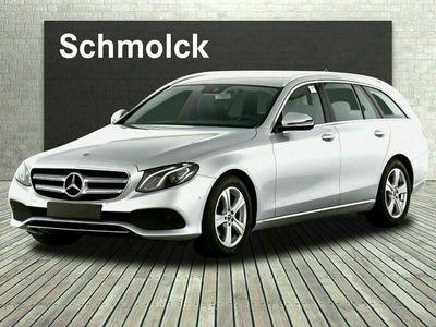 gebraucht Mercedes E220 T AVANTG/LED/SPUR-P/TOTW/NAVI/SHZ/KAMERA