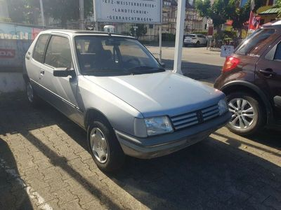 gebraucht Peugeot 205 Automatik