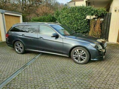 gebraucht Mercedes E220 BlueTEC Avantgarde