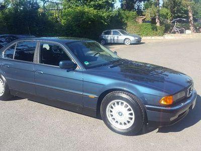 gebraucht BMW 730 730 7er V8 i Top wenig KM Kein Rost Garage