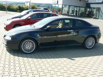 gebraucht Alfa Romeo GT 1.9 JTDM 16V Progression als Sportwagen/Coupé in Erbach