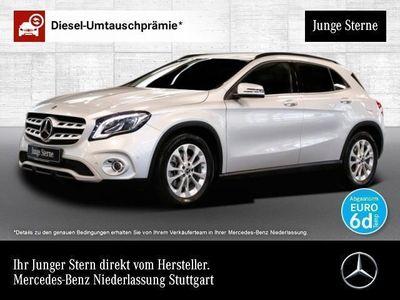 gebraucht Mercedes GLA250 4M Style LED Keyl-GO Kamera Navi Laderaump